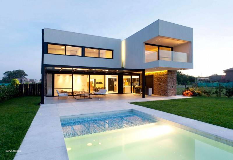 Imposing House Argentina Ranking High Functionality
