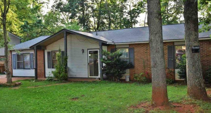 Information Homes Sale Near Berea High Greenville