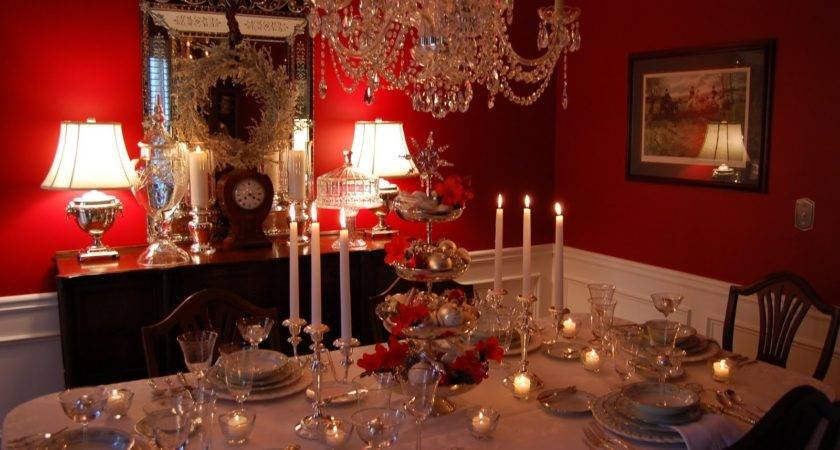 Innovative Christmas Dining Room Table Decoration Ideas