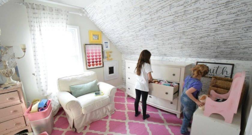 Keep Kids Room Clean Organized Small