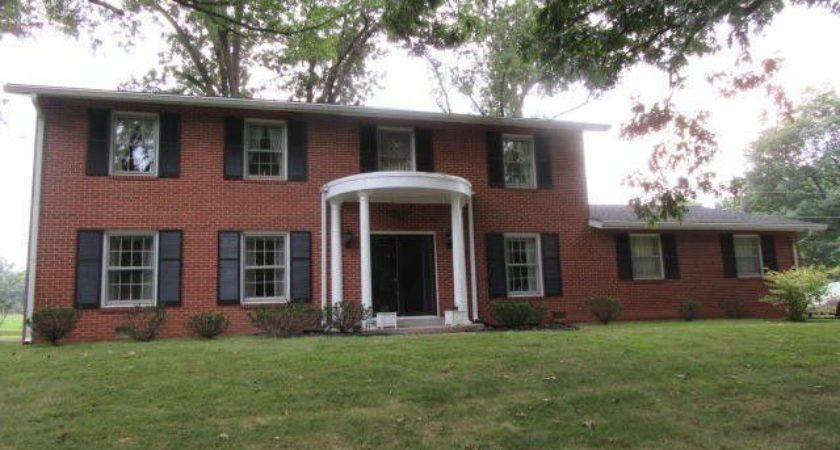 Lake Park Mount Vernon Home Sale