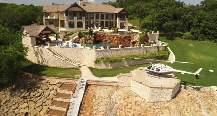 Lakefront Mansion Denison Pools Helipad