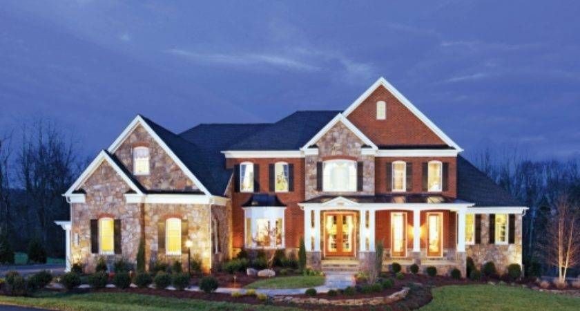 Large Homes Sprawling Suburbs More Popular Than Ever