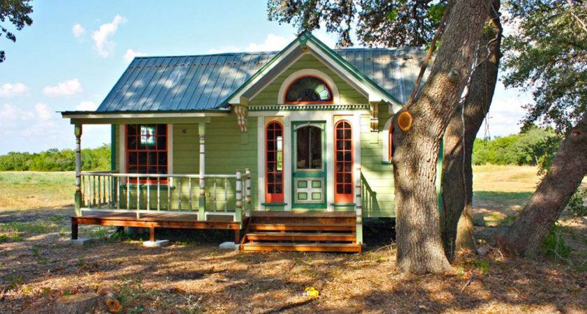 Made Adorably Named Tiny Texas Houses Stinking Cute