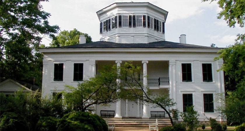 Mansion First Reborn Home Then Mississippi Landmark