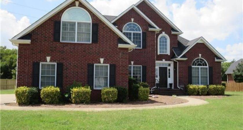 Marilyn Murfreesboro Public Property