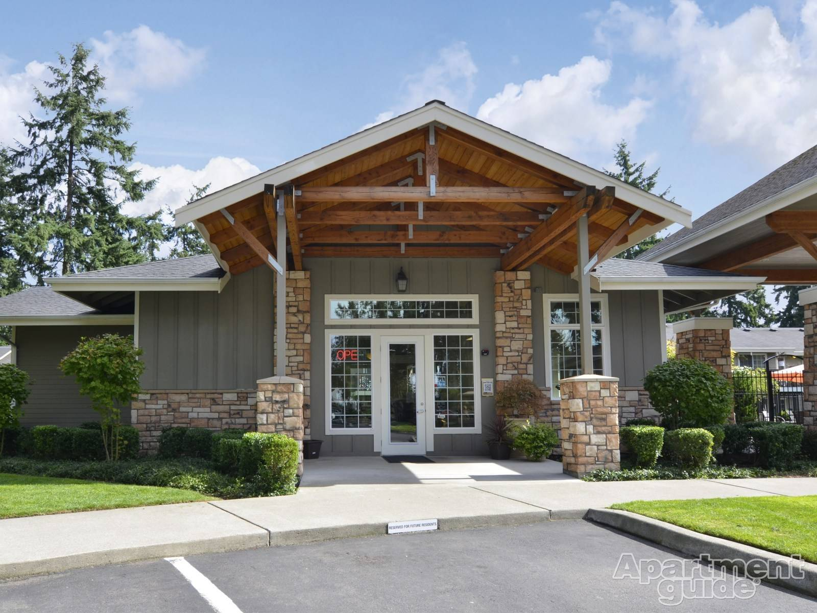Meridian Firs Apartments Puyallup Rent