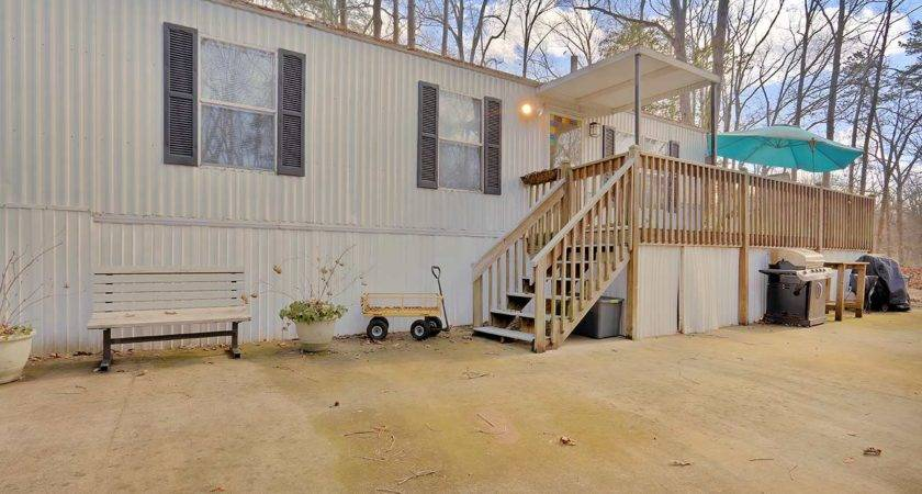 Midwood Drive Anderson Lakefront Home Sale