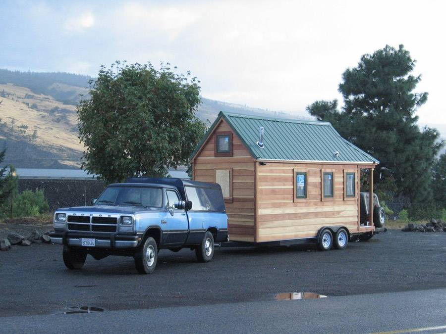 Mini Mobile Cottage Tiny House Swoon