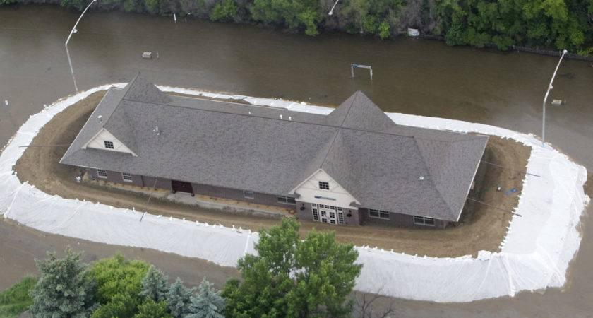 Minot North Dakota Flood