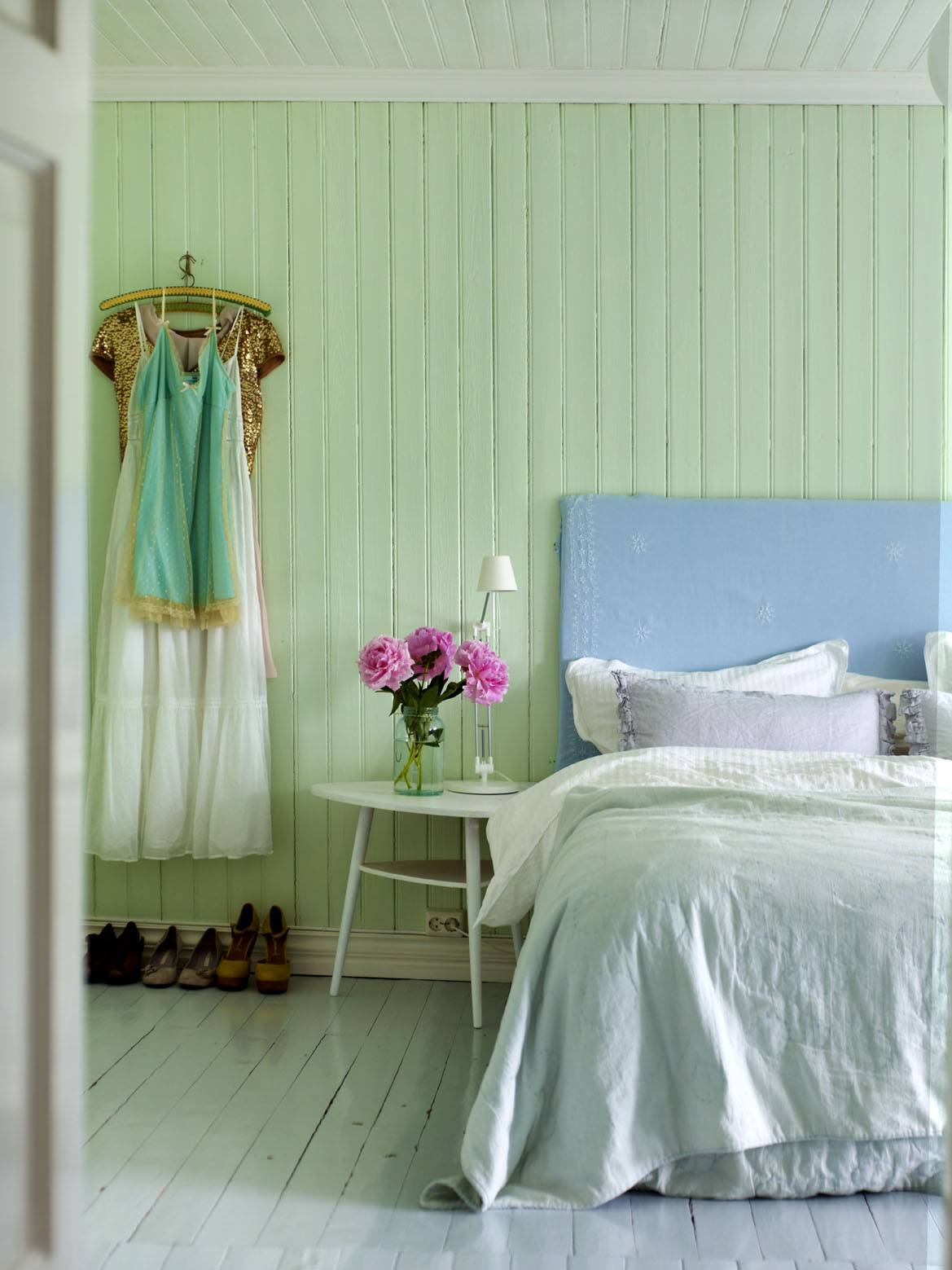 Mint Green Bedrooms Marceladick