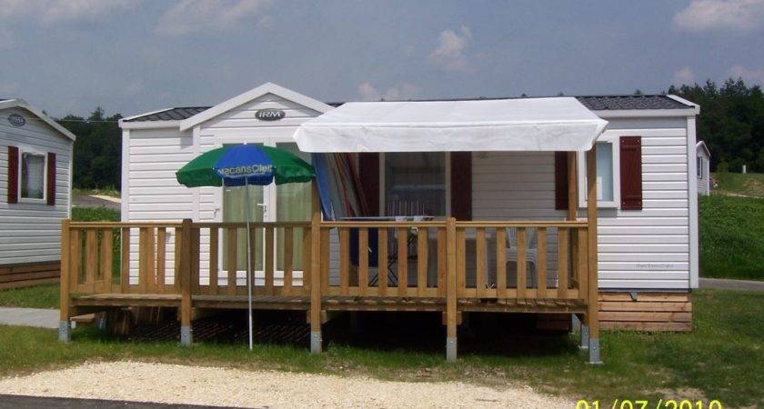 Mobile Prefabricated House White Modular Small Vacation