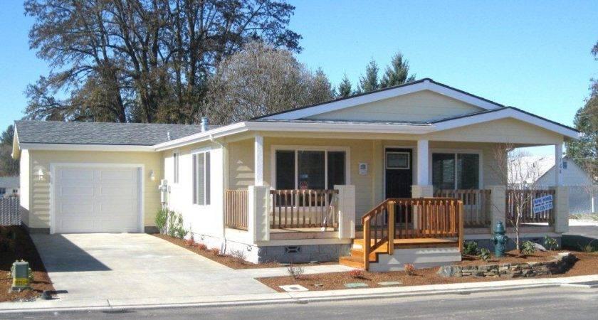 Model Homes Westlake Village Mobile Home Park Grants Pass Oregon