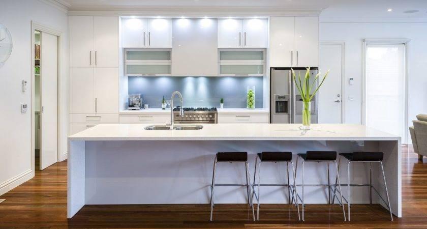Modern Kitchens Grasscloth
