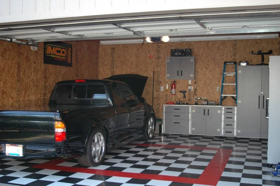 Modern Workshop Garage Interior Design Ideas Brown Wall