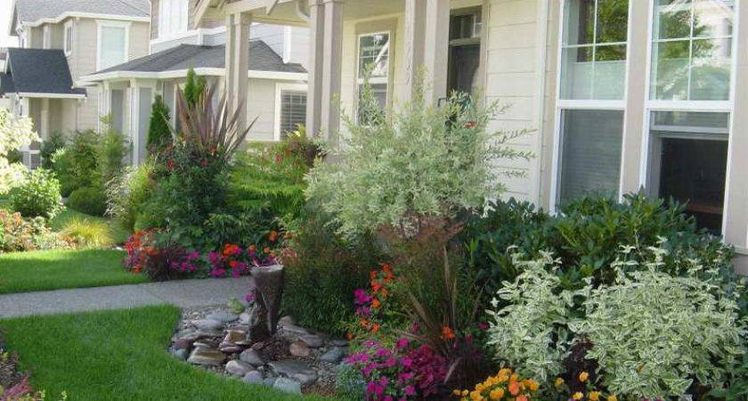 Most Useful Small Front Yard Landscaping Ideas