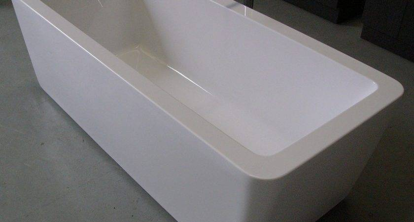 Movida Acrylic Bathtub
