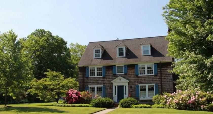 Naples Hartford Season Pretty Houses