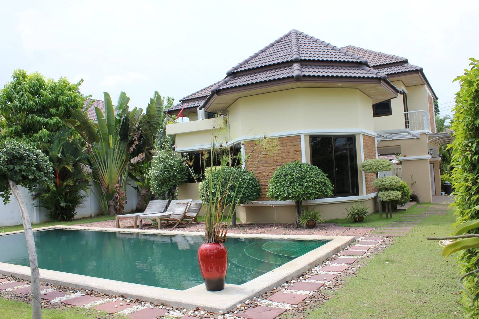 Nice House Between Rayong Map Phut Sale Rent
