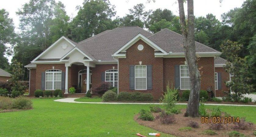 Oakwood Drive Dothan Home Sale