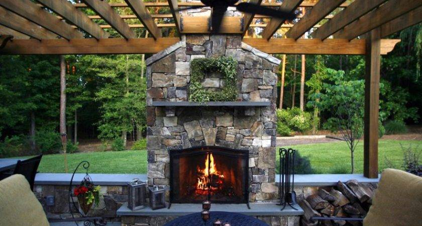 Outdoor Living Space House Plans