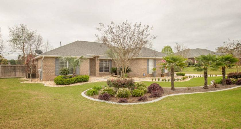 Paddock Circle Crestview Sale Homes