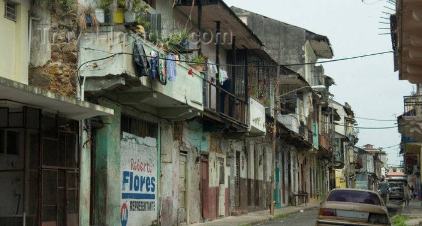 Panama City Ciudad Run Down Houses