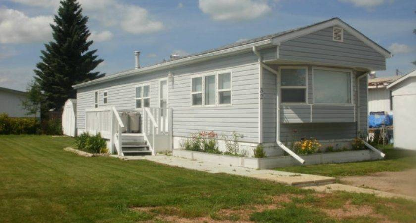 Paramount Mobile Home Stettler Alberta Estates Canada