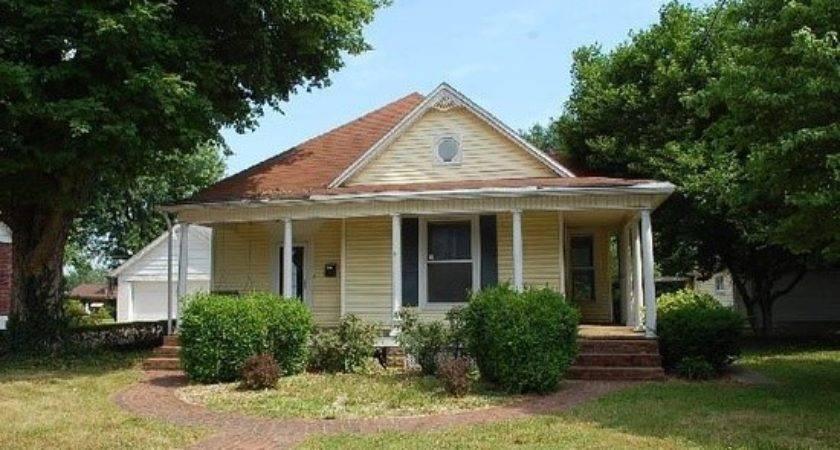 Park Ave Elizabethtown Detailed Property