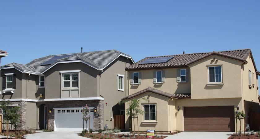 Production Home Builders Tap Into National Solar Program Builder