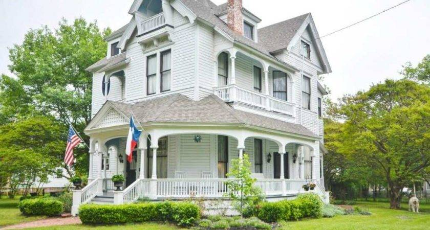 Queen Anne Corsicana Old House Dreams