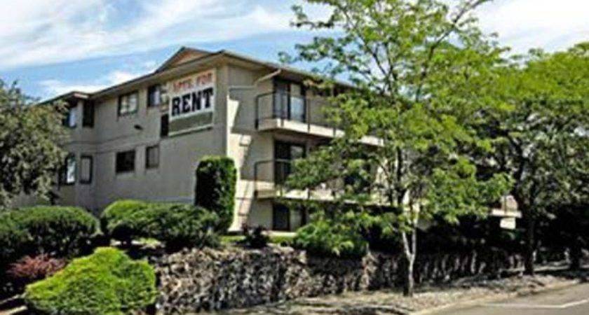 Railhead Apartments Sharp Ave Spokane Rentcaf