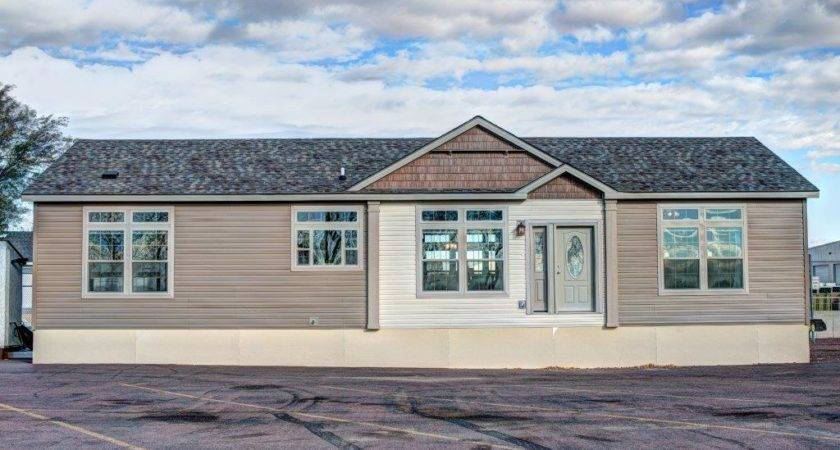 Redwood Falls Home Building Facility