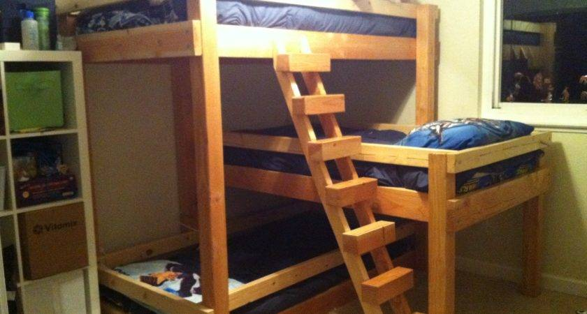 Right Facing Diagonal Stair Dave Triple Bunk Beds