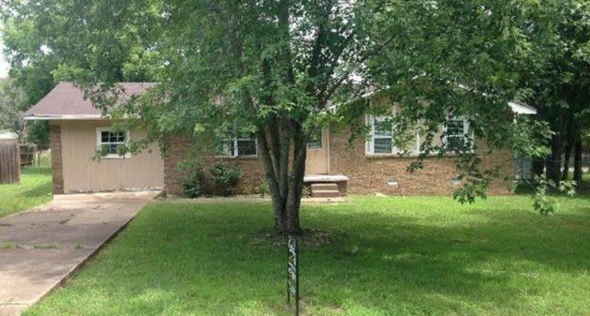 Robin Batesville Detailed Property Info