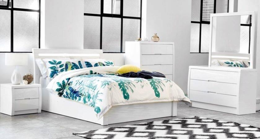 Rockhampton White Gloss Gaslift Bed