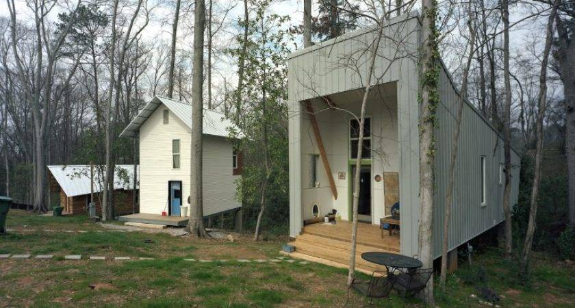 Rural Studio Aims Provide House Along Ownership