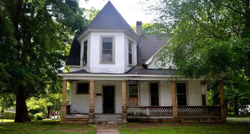 Salisbury North Carolina Real Estate Restoration Buffs