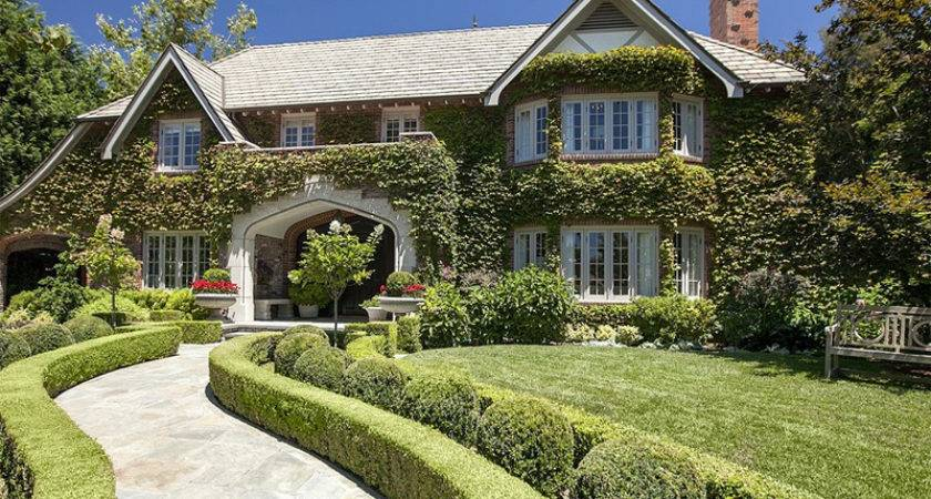 Sean Hayes Puts Million Price Hancock Park House
