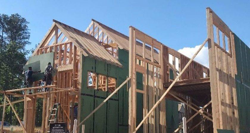 Serenbe Modern Shotgun Homes Take Shape Promising Live