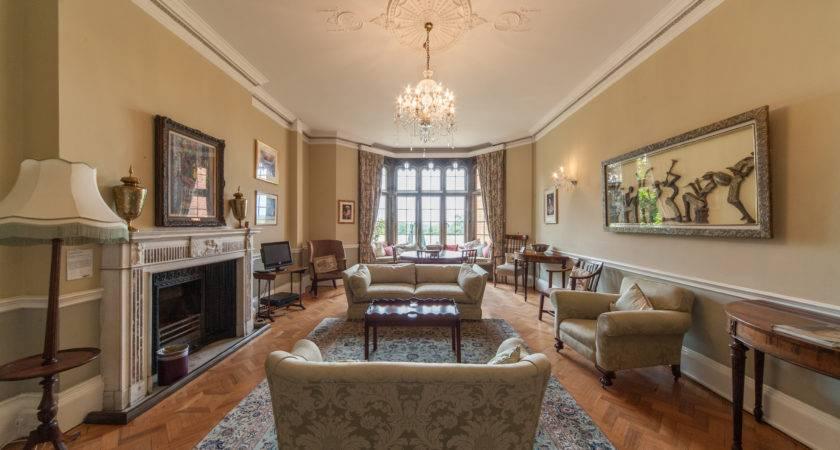 Sitting Room Cumberland Lodge