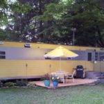 Smoker Aritocrat Vintage Mobile Home Exterior