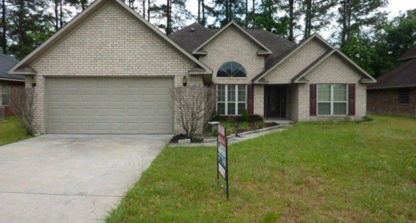 Split Level Hinesville Real Estate Homes