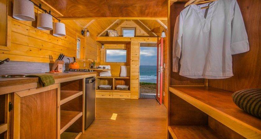 Square Foot Mobile Home Could Yours Curbed