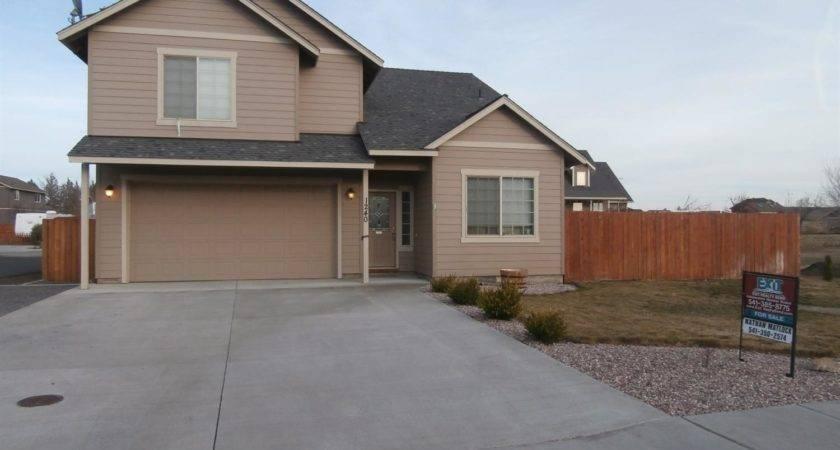 Street Redmond Bend Homes Real Estate