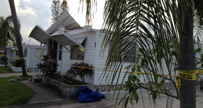 Tornado Damages Palmetto Mobile Homes Funnel Clouds Spotted