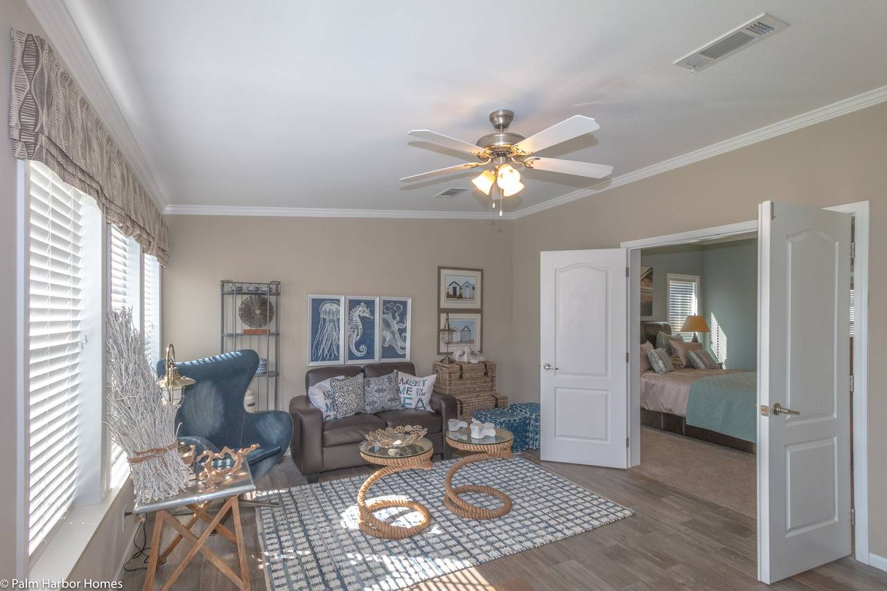 Tradewinds Master Bedroom Suite Palm Harbor Homes Bedrooms