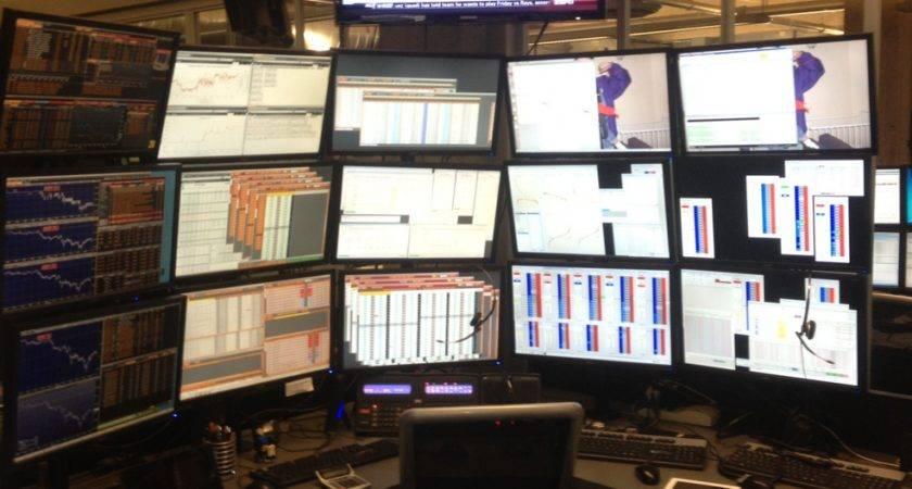 Trading Desk Photos Business Insider