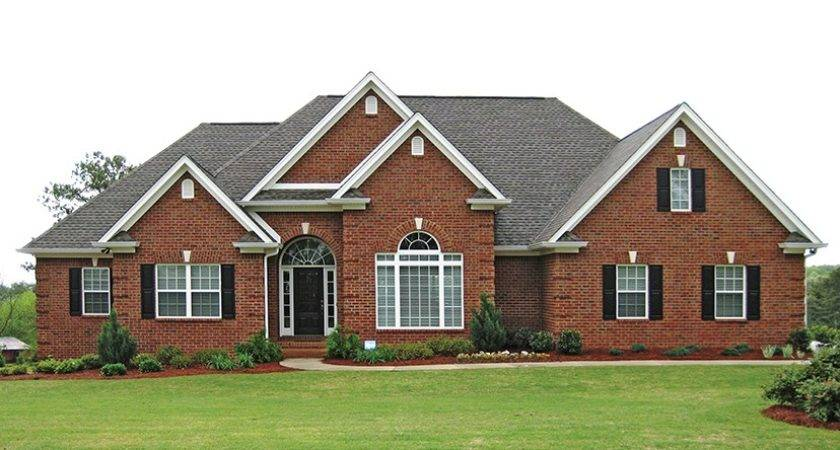 Traditional Brick Ranch Hwbdo New American Builderhouseplans
