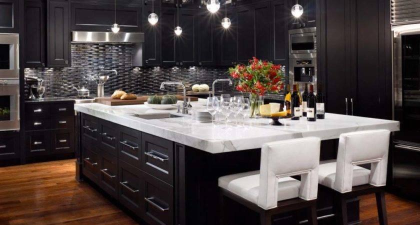 Traditional Modern Luxury Kitchens
